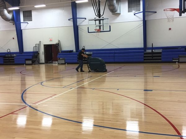 Floor Cleaning in Fuquay Varina, NC (1)